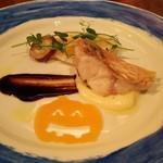 57700506 - 甘鯛の鱗焼 白黒のバルサミコソースと野菜添え。手前のハロウィンのカボチャはバターナッツ