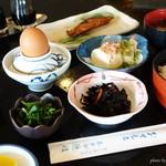 ホテル隠岐 - 2016年8月 1泊2食付きの朝食。お手本のような日本の朝食(^^)