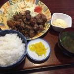 松の家 - 牛肉サイコロ定食
