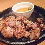 57712180 - 鶏レバーのレア焼き