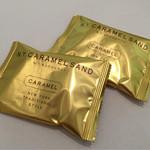 ニューヨークシティサンド 大丸東京店 - 中身は個包装。                             ゴールドの包装もお洒落な感じ♪