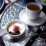 台湾飲茶cafe 茶坊 -