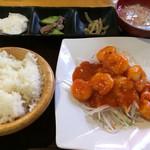 中国飯店佳里福 - エビチリ定食