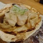 炉ばた焼 しばらく - ホタテのバター焼き(201610)