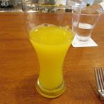 ラ・ターチ - お店からのオープン記念プレゼントの有機オレンジジュース