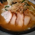 幸楽苑 - 料理写真:味噌タンメン叉焼トッピング