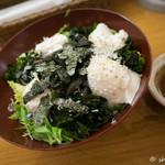 大戸屋 - 手造り豆腐とじゃこのサラダ