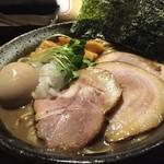 じゃジャ旨 - 【昼の期間限定メニュー】豚骨魚介煮干しラーメン