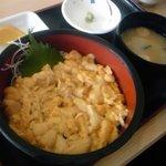 5773837 - ウニ丼♪