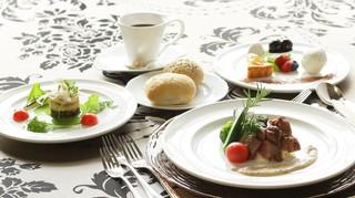 ヴィーナスコート - メインお肉コース料理