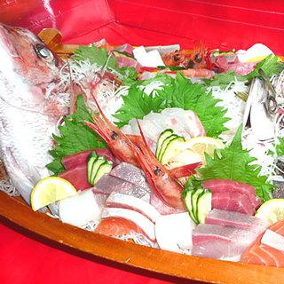 新鮮魚介を刺身や鍋で楽しむ