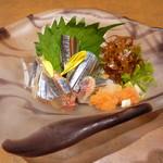 操舵 - 生秋刀魚造り