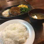 カフェレストラン マヤ - デミグラスハンバーグ