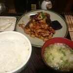 月とん - ナスと豚肉の味噌炒め