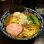 さとう - 豊魚鶏だし醤油ラーメン770円(大盛250g/150円増し)  ※味玉はクーポン利用