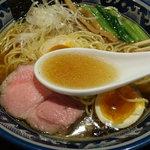 さとう - 豊魚鶏だし醤油ラーメン770円(大盛250g/150円増し)  ※味玉はクーポン