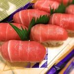 魚寅 - 2016 マグロ中トロ寿司