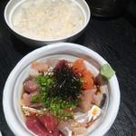 海鮮うまいもんや とと丸水産 - 海鮮漁師飯