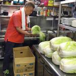 辰家 - この日のキムチは長野産の立派な白菜を使用