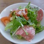 オステリア ファーヴェ - ランチのサラダ