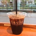 57787444 - 仕事の合間、ちょっと休憩、アイスコーヒー レギュラーサイズ