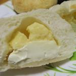 ブランジュリーササノ  - チーズの
