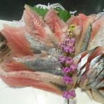 鮨処 魚一心 - 秋刀魚刺身
