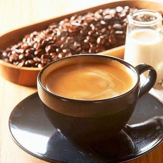バリスタが淹れる本格コーヒー