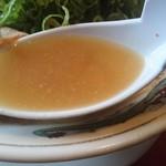 一丁 - 鶏ガラで作ったスープ