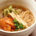 あっさり韓国冷麺