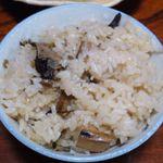 新田民宿 - 料理写真:食べ放題の松茸ごはん。もちろん、おかわりしました。