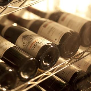 料理ごとにマリアージュを楽しめるグラスワイン