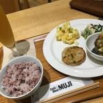 カフェ&ミール ムジ - 4種のデリ(¥1000)+十穀米に変更(¥100)+白穂乃香(¥750)