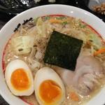 東京発祥豚骨ラーメン 哲麺縁 - 豚骨醤油野菜 + 味玉子