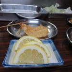 串かつ 一口 - きすには、レモンきゅっ、塩をちょっ!