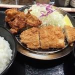 松のや - ロース&唐揚げ定食