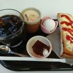 デン - アイスコーヒー380円、モーニング