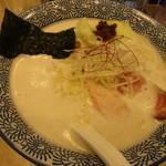 鶏豚骨 一學 - 鶏豚そば ¥750