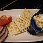 七五三屋 - クリームチーズ西京みそ漬クラコット添え