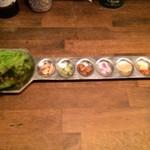ハンサム食堂 - ミャンカム・巻いて食べる甘酸っぱい前菜・250円