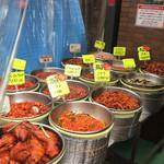 キムチの山田商店 - いろいろと食べたいキムチ