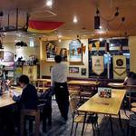 スモークカフェ - カジュアルな店内(2016年10月)