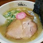 拉麺Shin. - 塩ラーメン 780円
