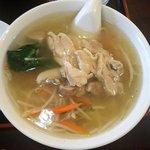 金龍園 - 鶏絲麺セット(鶏肉そば)