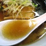 麺処 びぎ屋 - 醤油らーめん/上品な魚介の風味
