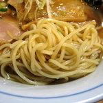 麺処 びぎ屋 - 醤油らーめん/中細ストレートの麺