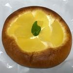 スワーハ - リンゴのブリオッシュ160円(税込)