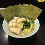 57834060 - ラーメン(並)¥680                       海苔+¥50 味付けうずらの卵+¥50