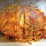 お好み焼き 鉄板焼き 仁 - 料理写真:「肉玉そば」(756円)