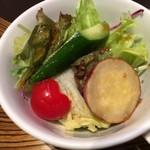 荘園中華と飲茶 リー ツァン ティン  - 荘園サラダ